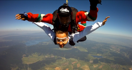 Скок с парашут