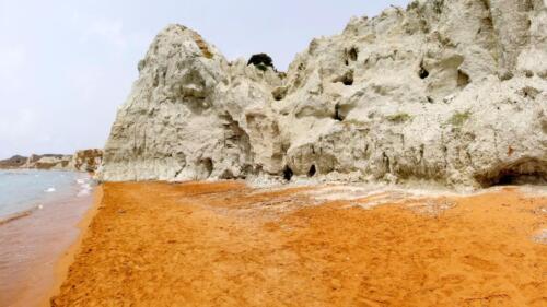 Червеният плаж Кси